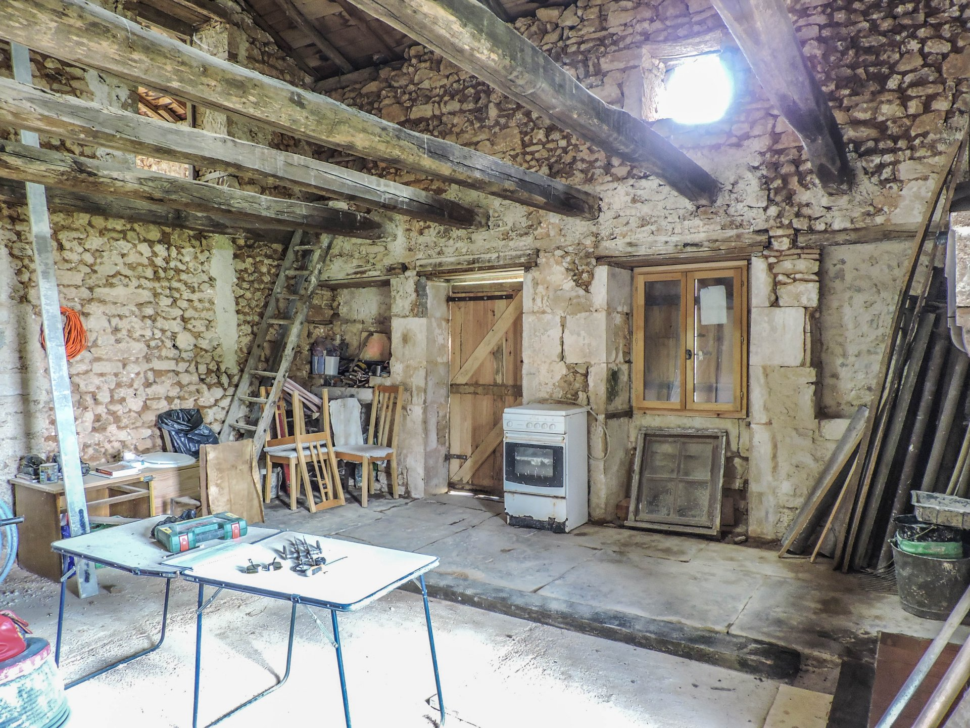 Traditional 17th century stone house for renovation