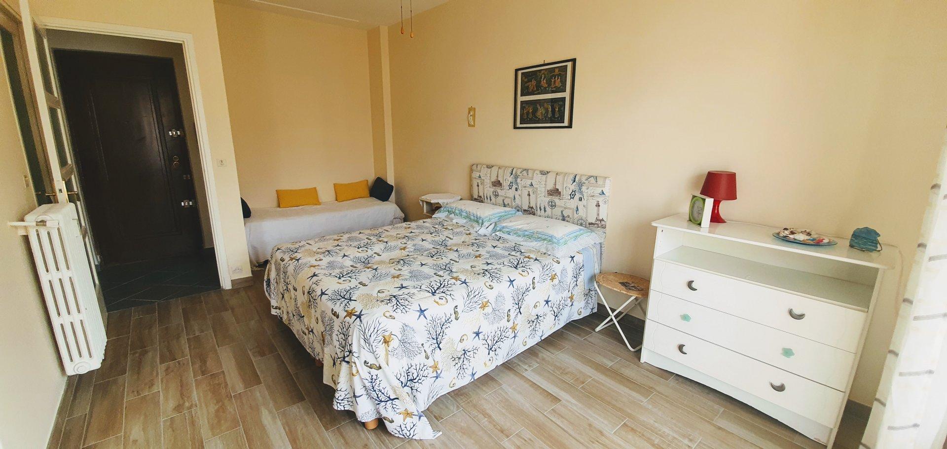 Nice Rue de France - Nice 1 bedroom apt and terrace 5th floor
