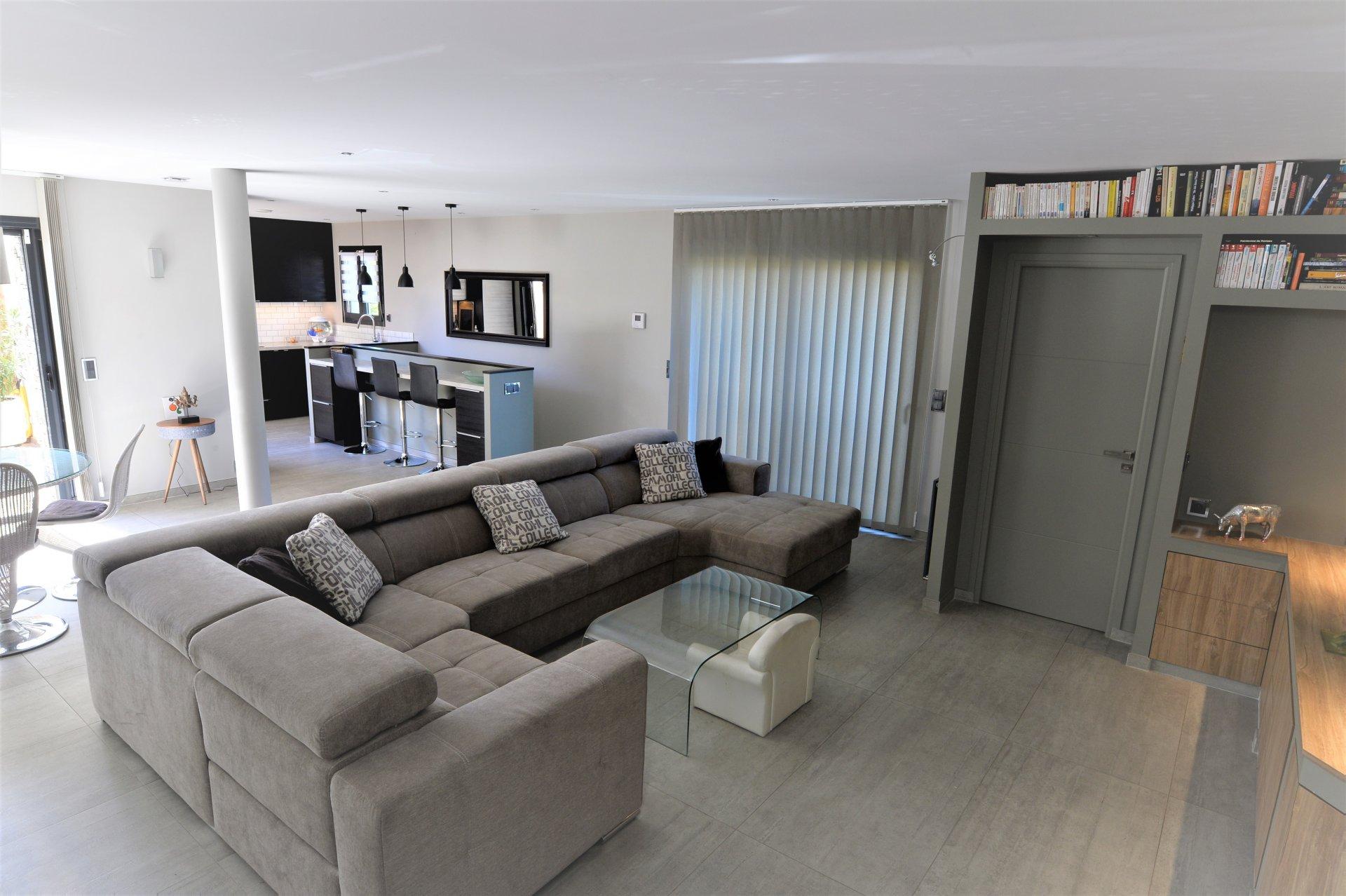 TRIPLEX SECTEUR PEPINIERE 204 m² de 2015