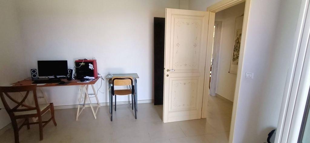 COLLI AL METAURO (PU) - APPARTAMENTO PIANO TERRA CON TAVERNA E SCOPERTO