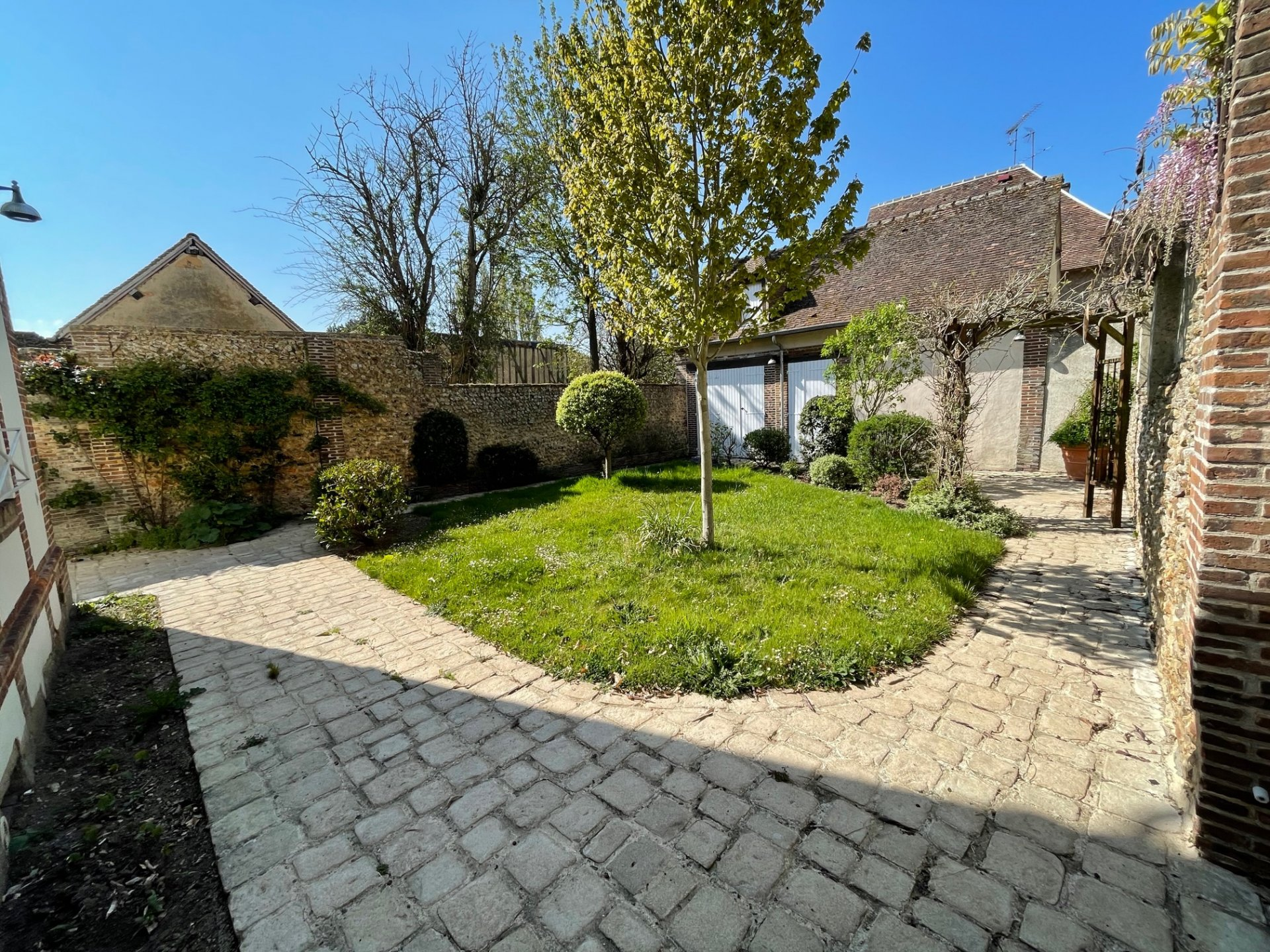 Verneuil centre historique