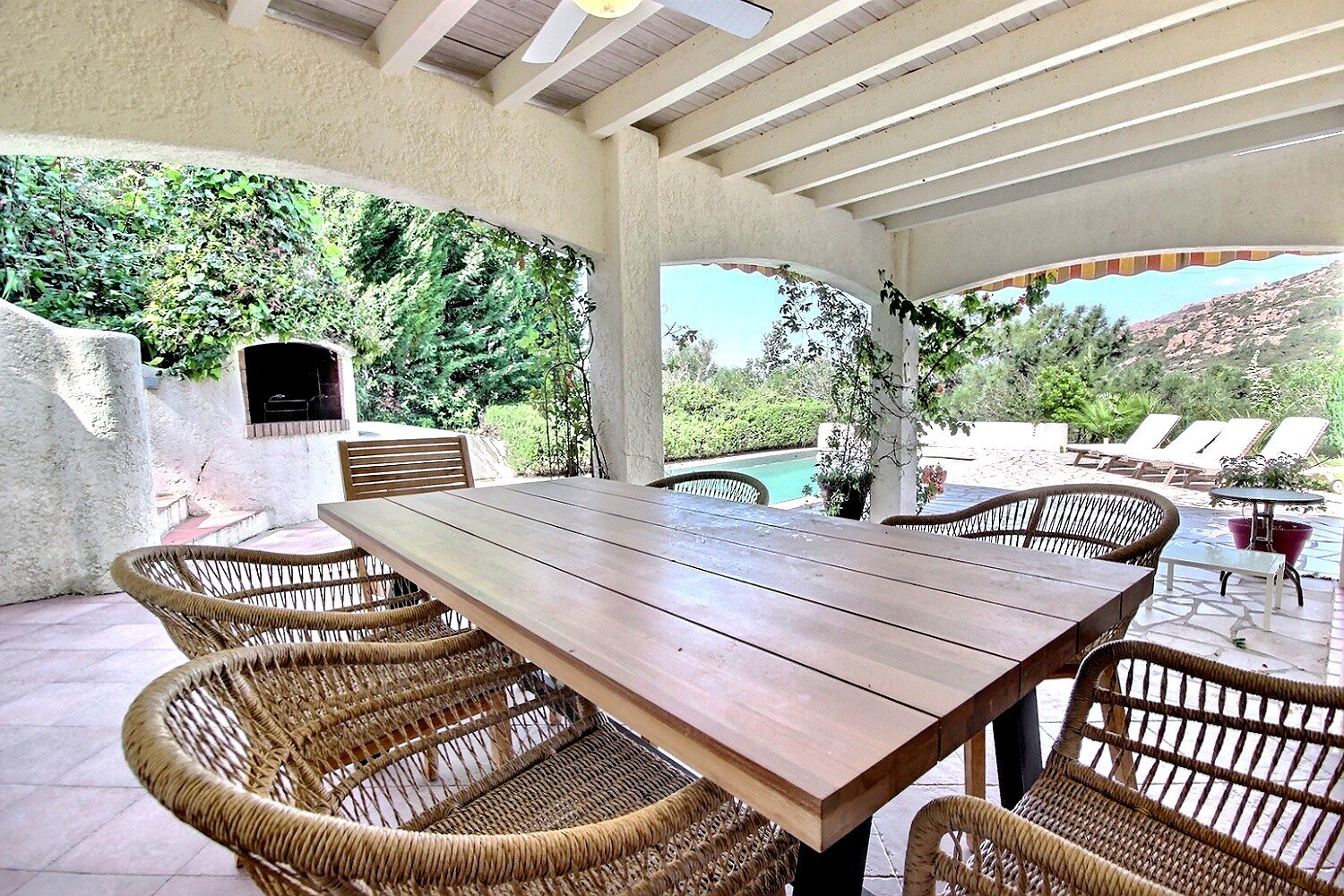 Villa in Agay for sale