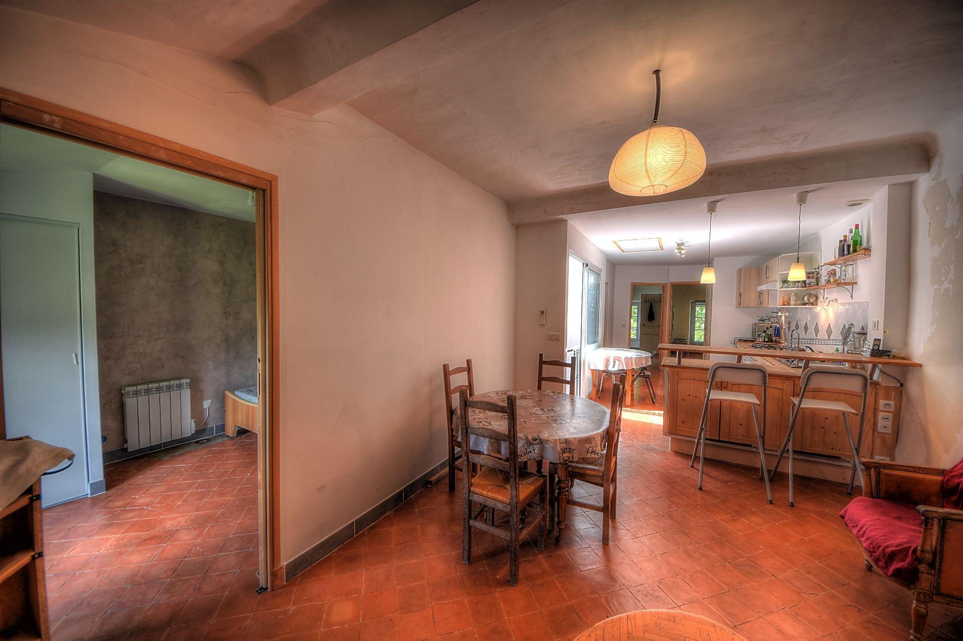 Salle à manger de l'appartement indépendant au 2ème étage