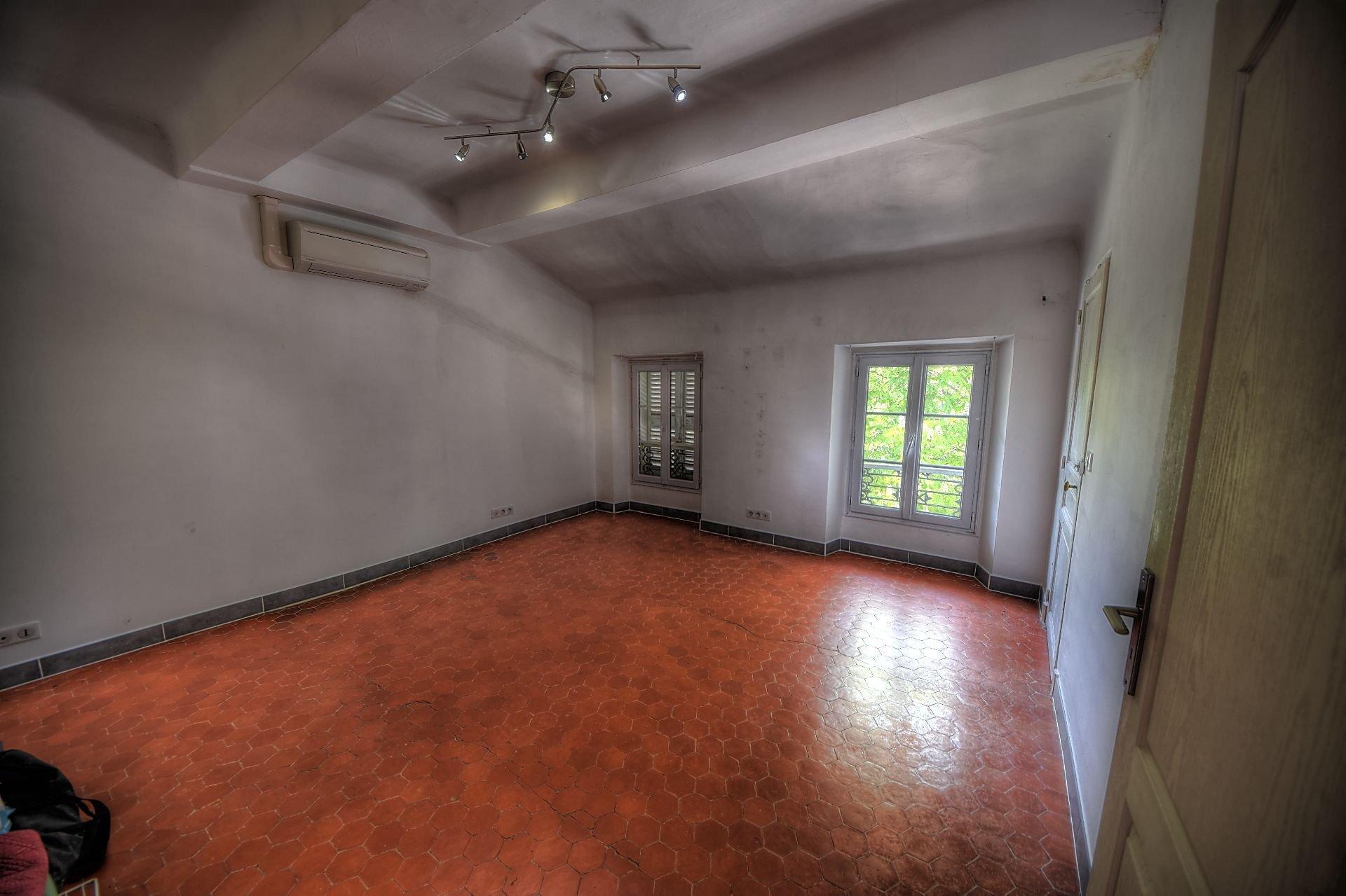 Grande chambre de l'appartement indépendant au 2ème étage