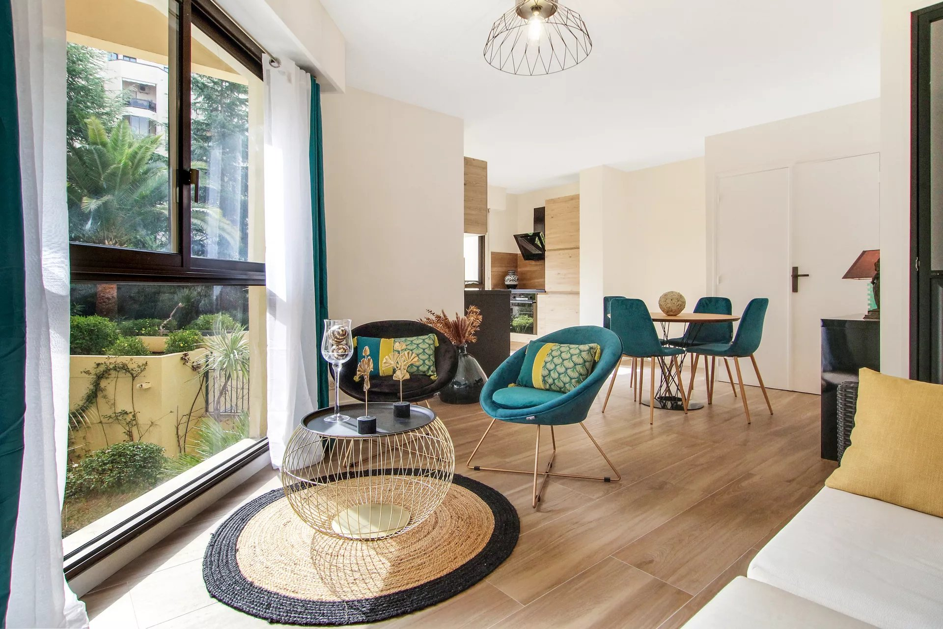 NICE MASSENA - 1Bedroom flat renovated - South facing with garden view