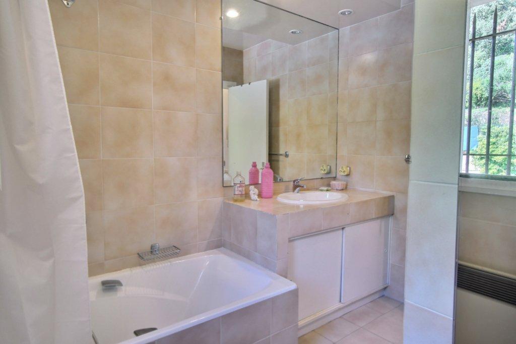 Appartement  Golfe Juan 1 pièce(s) 26.50 m2