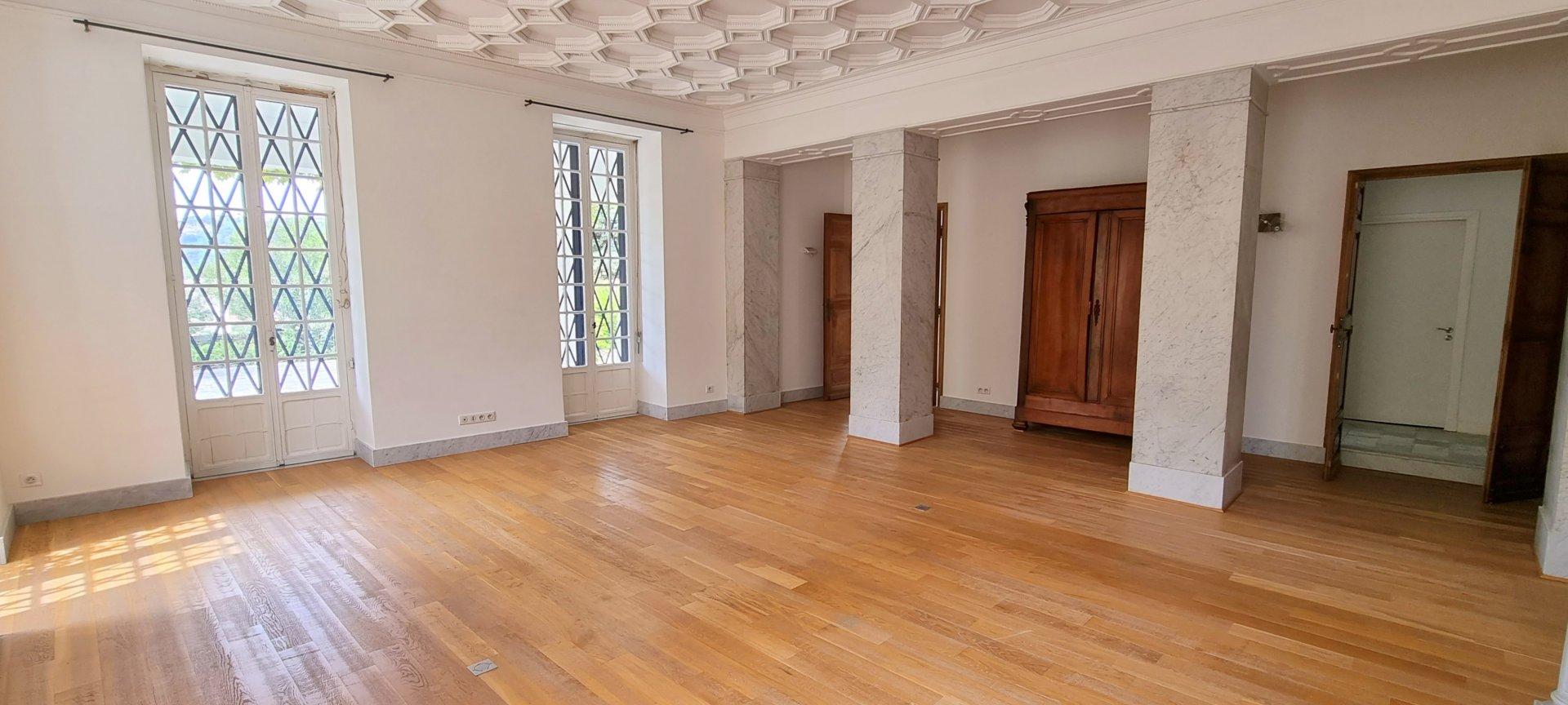 Rental Apartment - Nice Gairaut