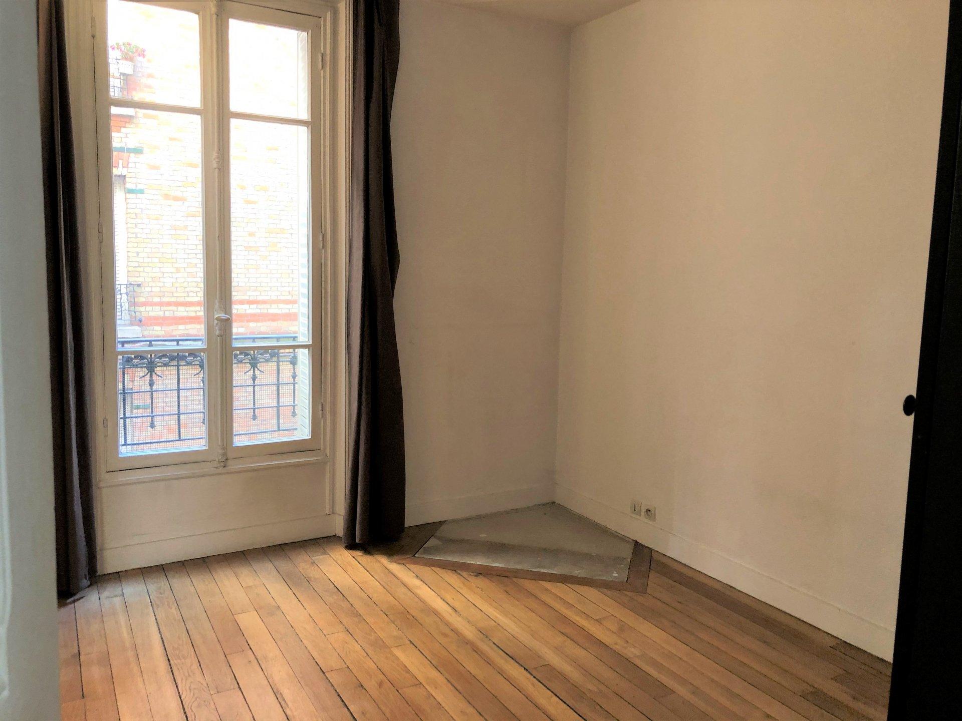 Grand Deux pièces de 52 m² rue A.Briand à Levallois