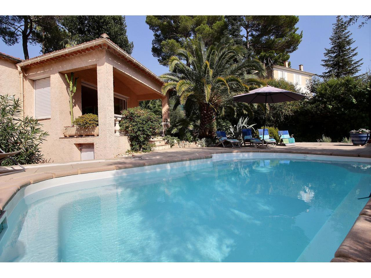 Purchase / Sale Villa Mougins close to the old village
