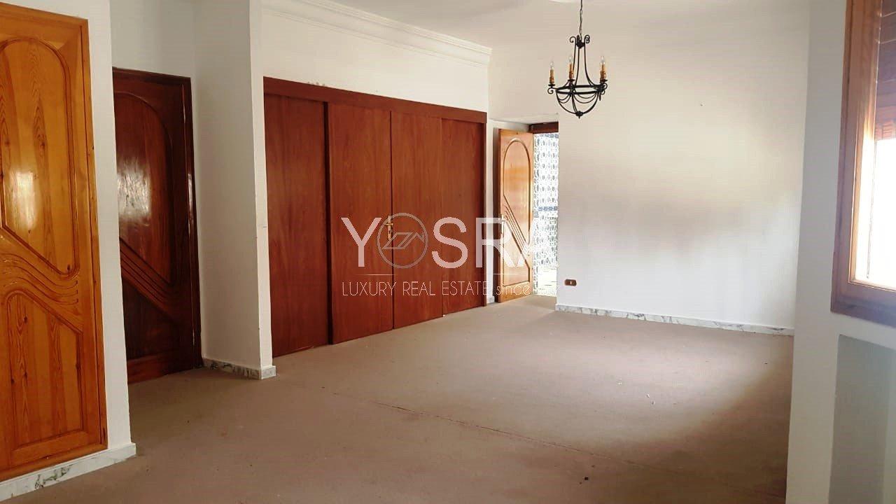 Villa à usage bureautique ou habitation