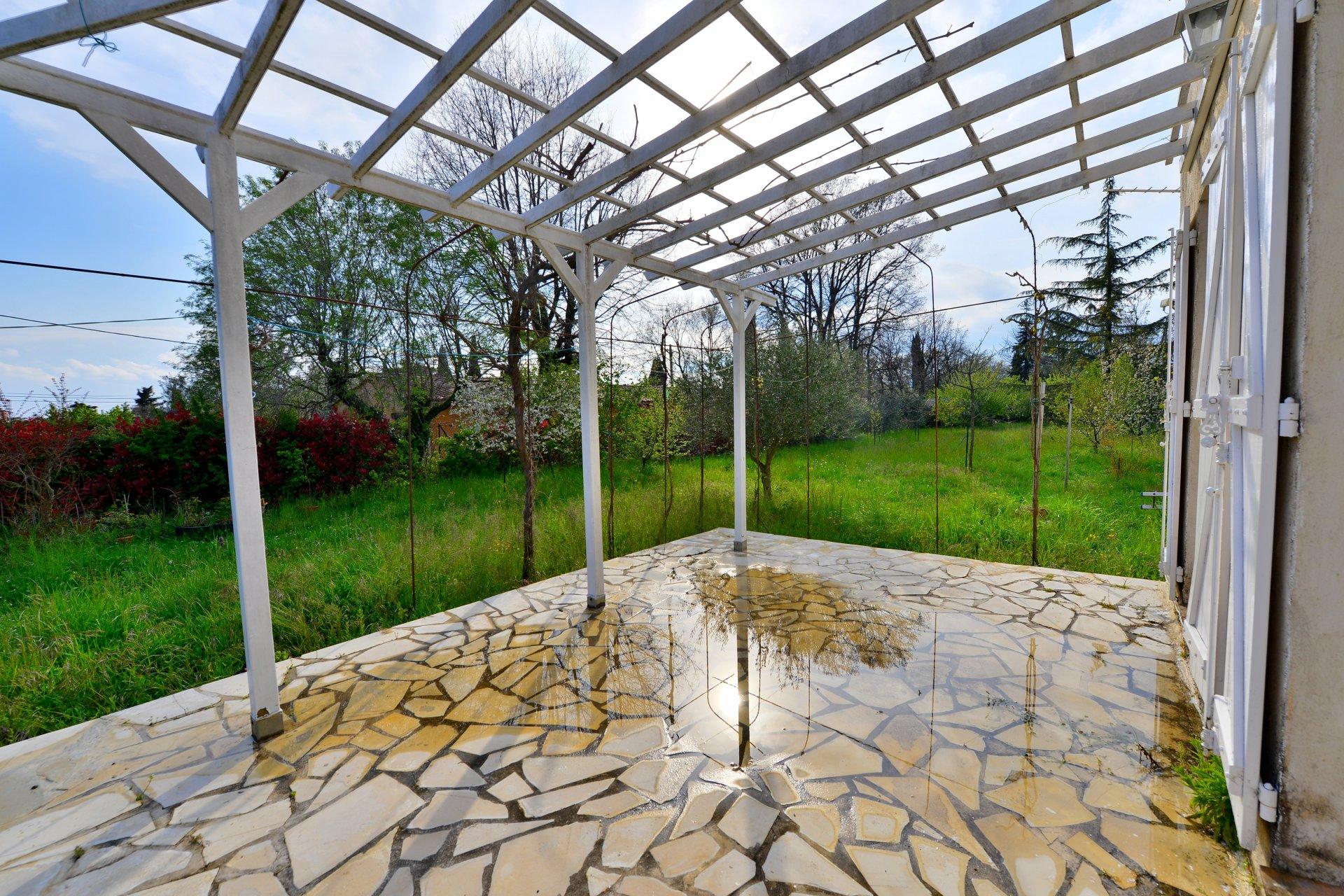 Villa 4 Pièces, Terrain 2650m² - Saint Cezaire sur Siagne