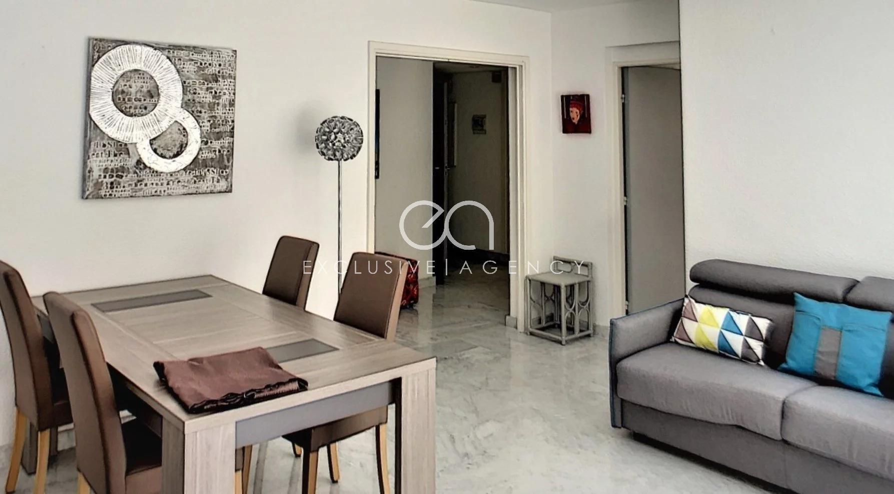A LOUER CANNES CENTRE appartement 2 pièces 62m2 avec large terrasse