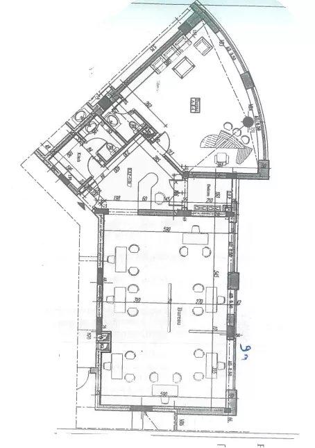 Location Bureau de 4 pièces 145.5 m² au Lac 2.