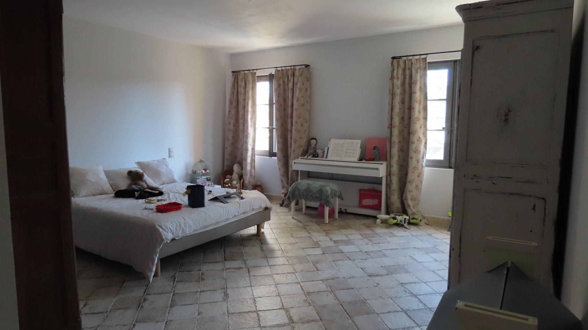 Proche centre ville de Saint-Rémy de Provence