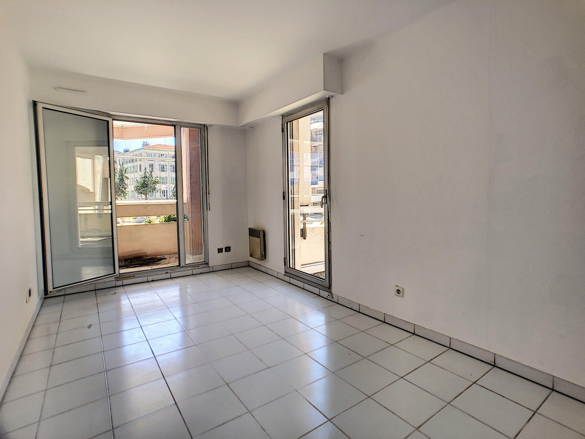Sale Apartment - Nice Le Port