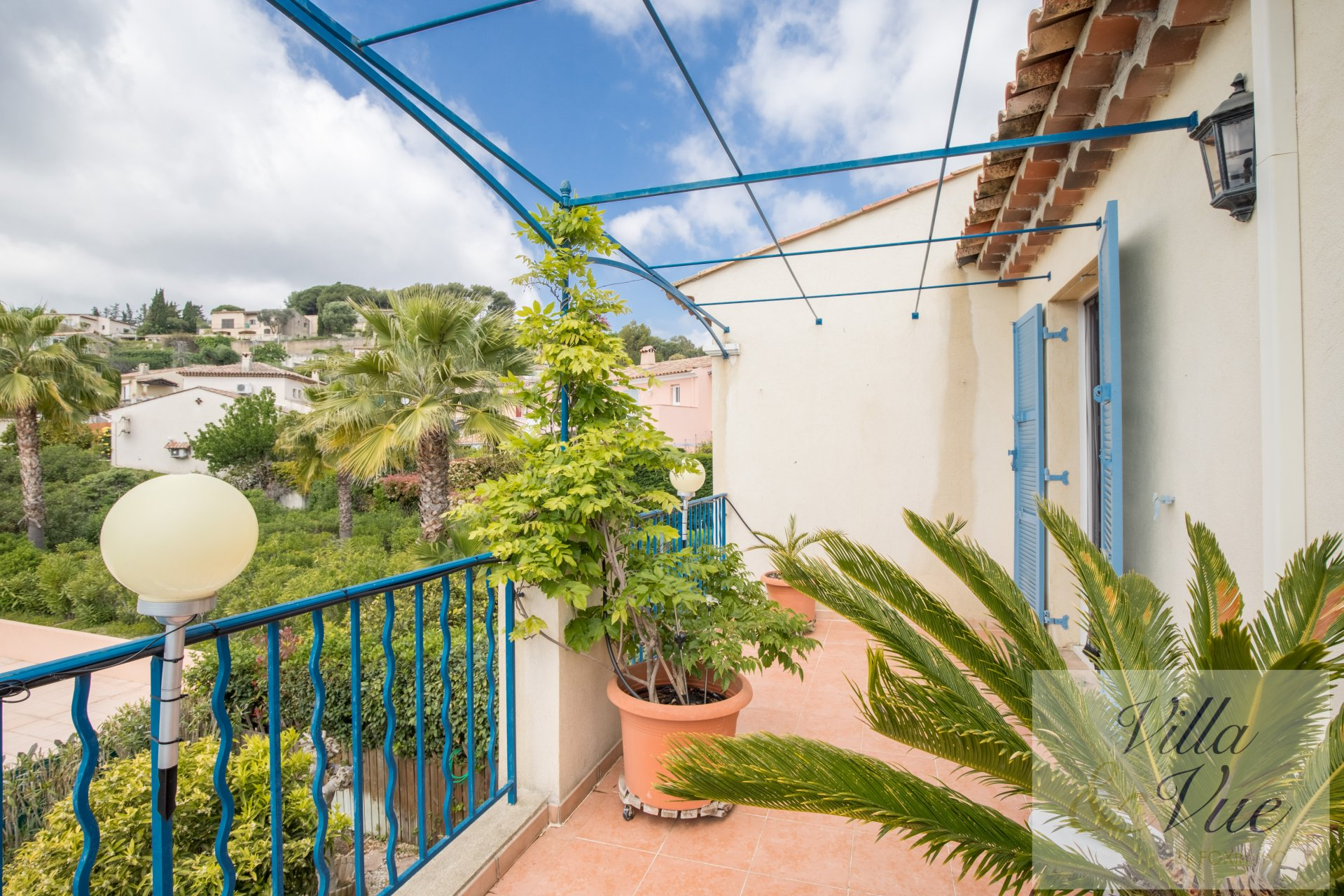 On the French riviera, villa for sales ready to use 3 bedrooms villa