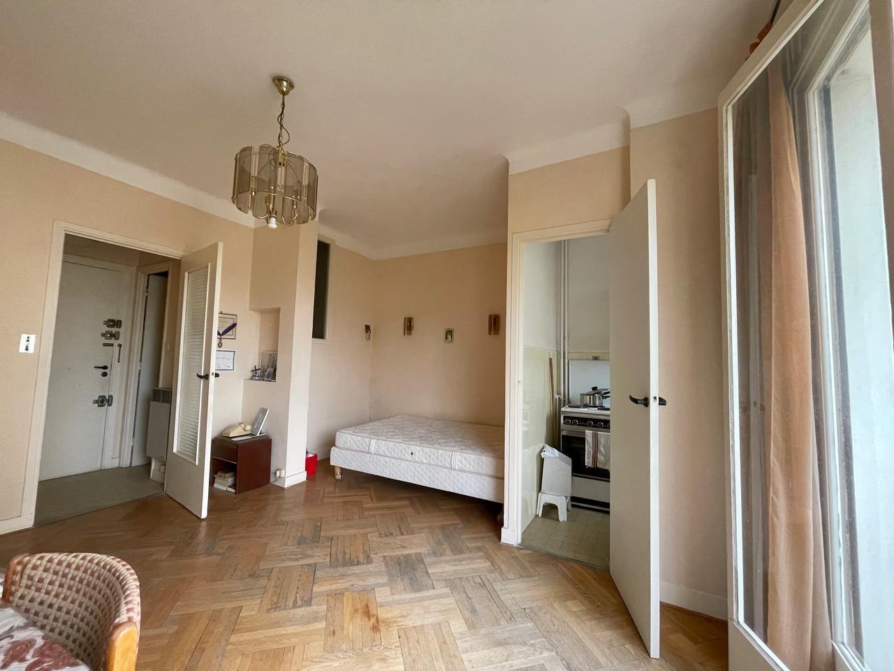 1 bedroom apartment in Nice Fleurs