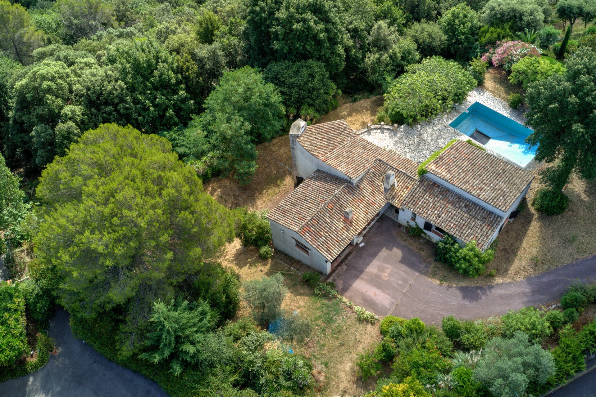 Exclusivity villa in a gated domaine, sea view