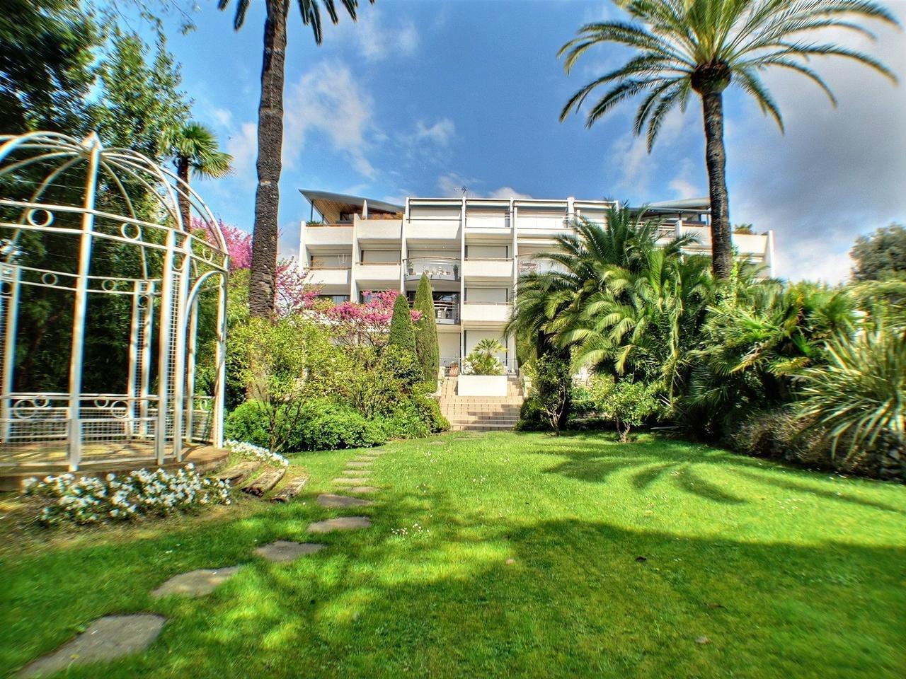 Sublime 2 pièces avec grande terrasse - Oxford Cannes