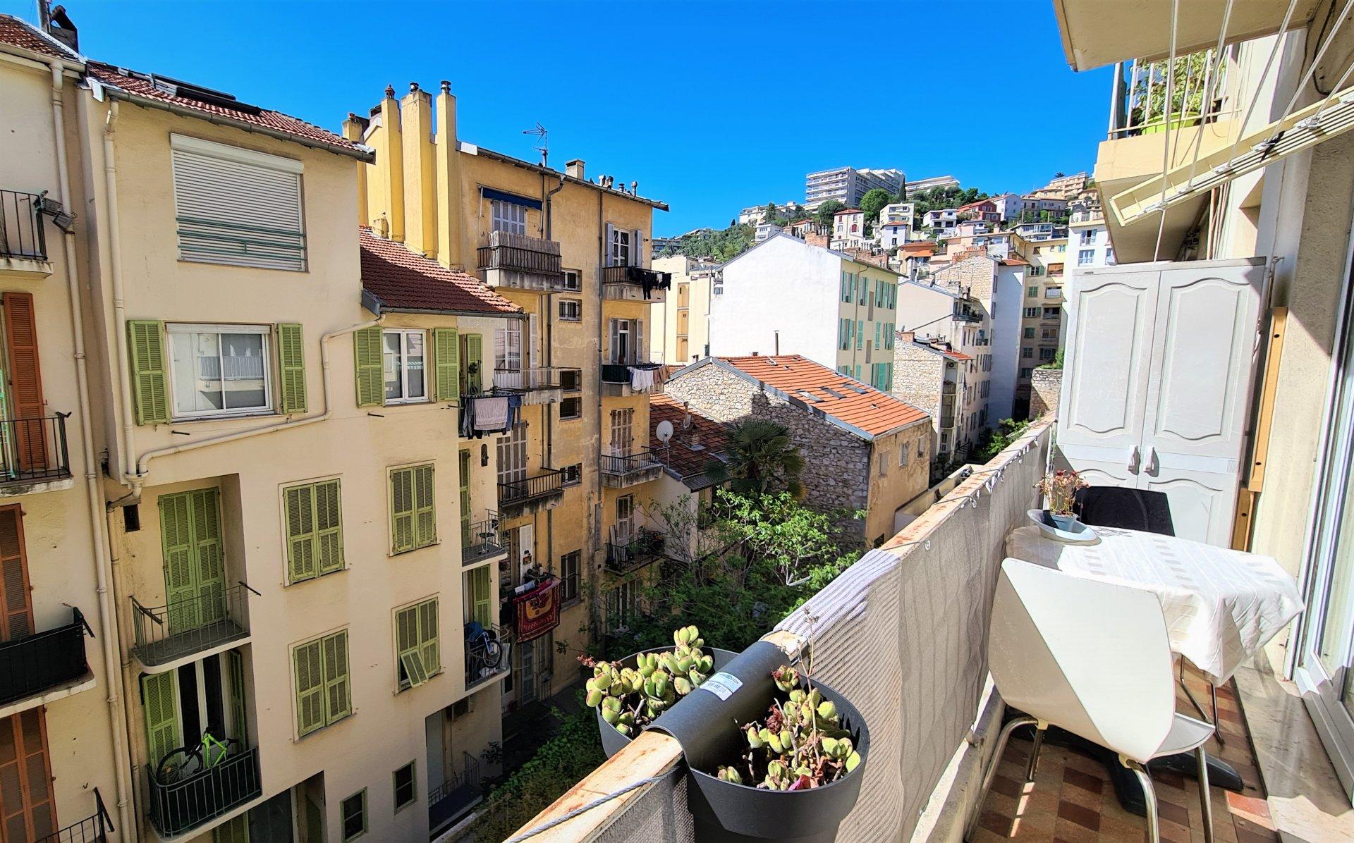 NICE/St Barthélémy - Agréable 3/4P rénové, au calme avec balcons