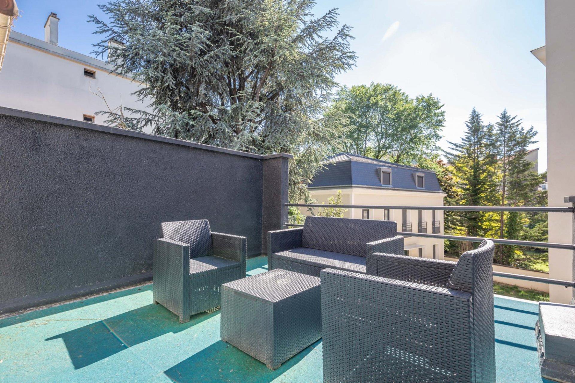 MAISON Contemporaine 180 m² Centre Le Perreux