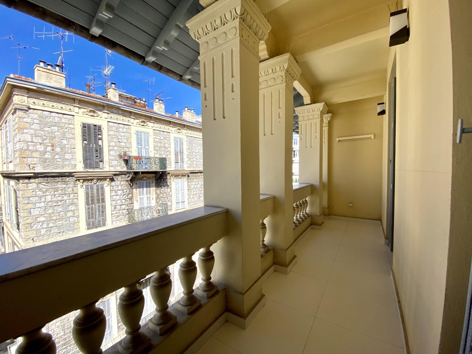 NICE Carré d'Or - 1 bedroom, Terrace