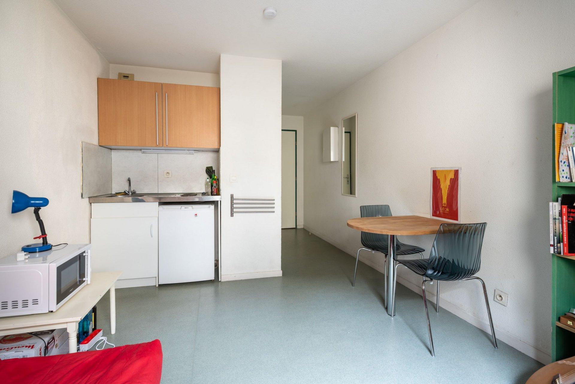 Studio meublé - 19m² - Lyon 3