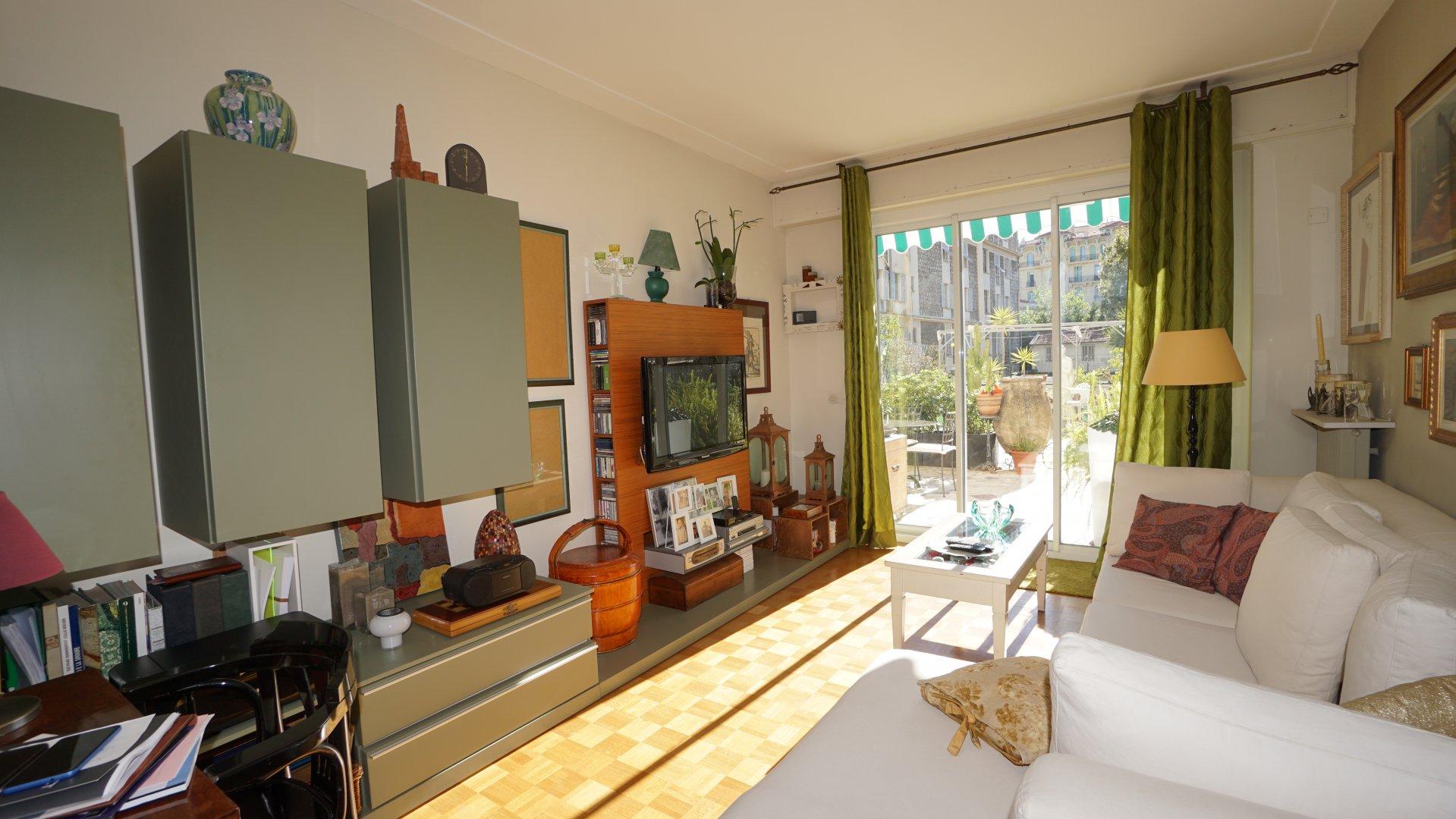 F3 grande terrasse - Alsace Lorraine - Nice
