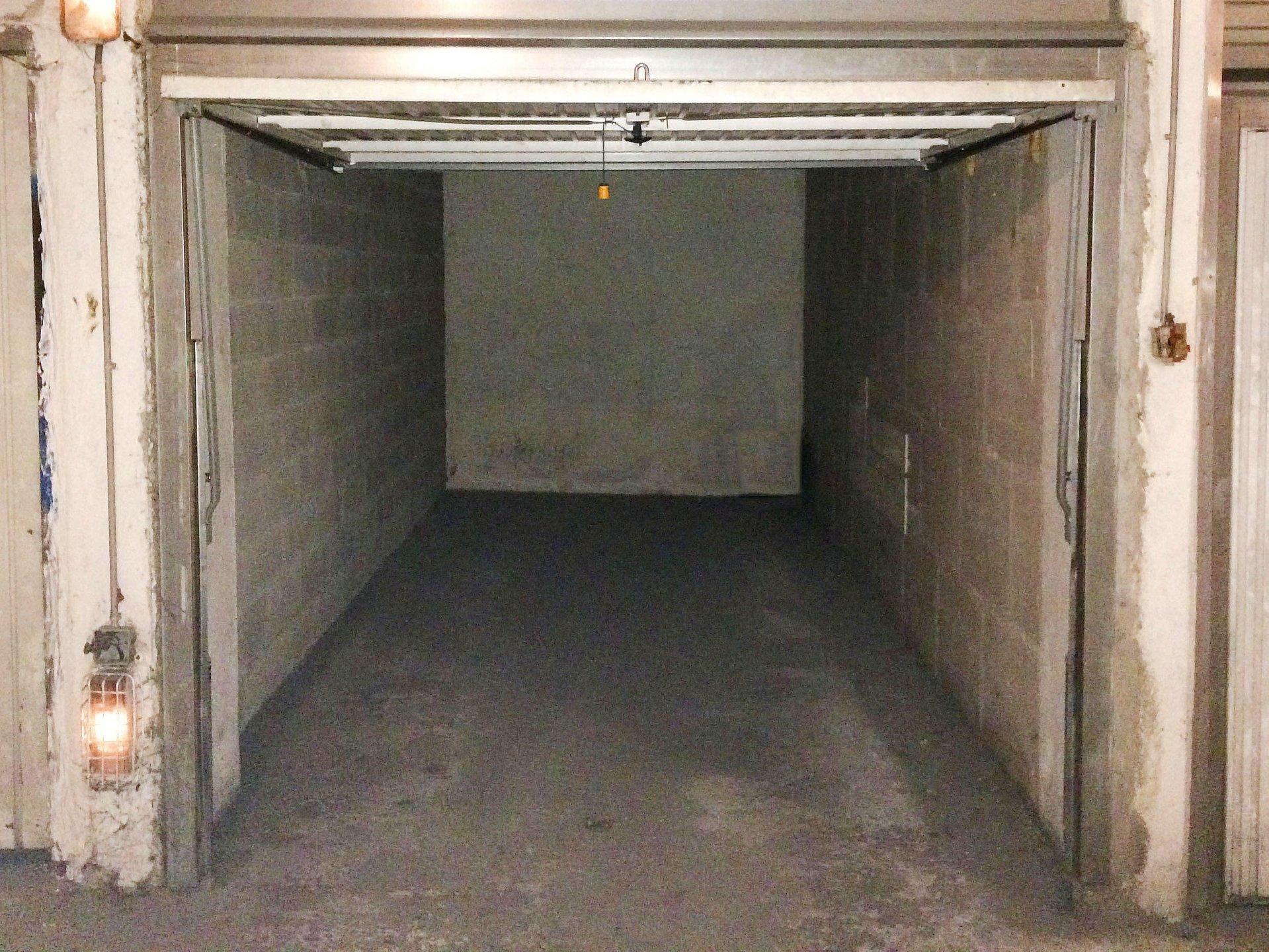 NICE NORD Garage sous-sol 100 €