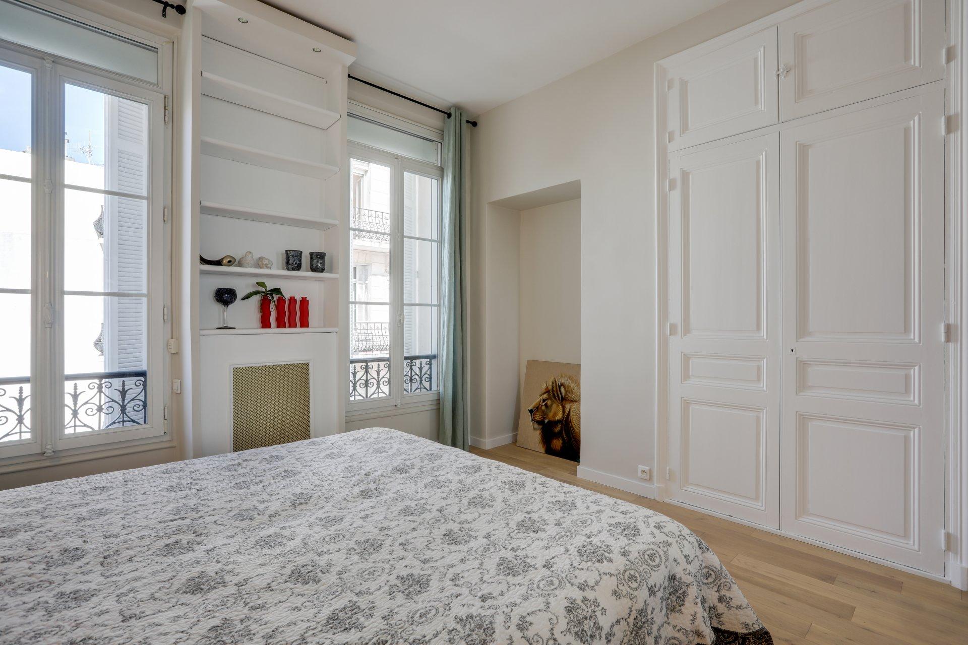 Exclusivité CANNES BANANE: Bel appartement 3 pièces à 2 pas de la Croisette