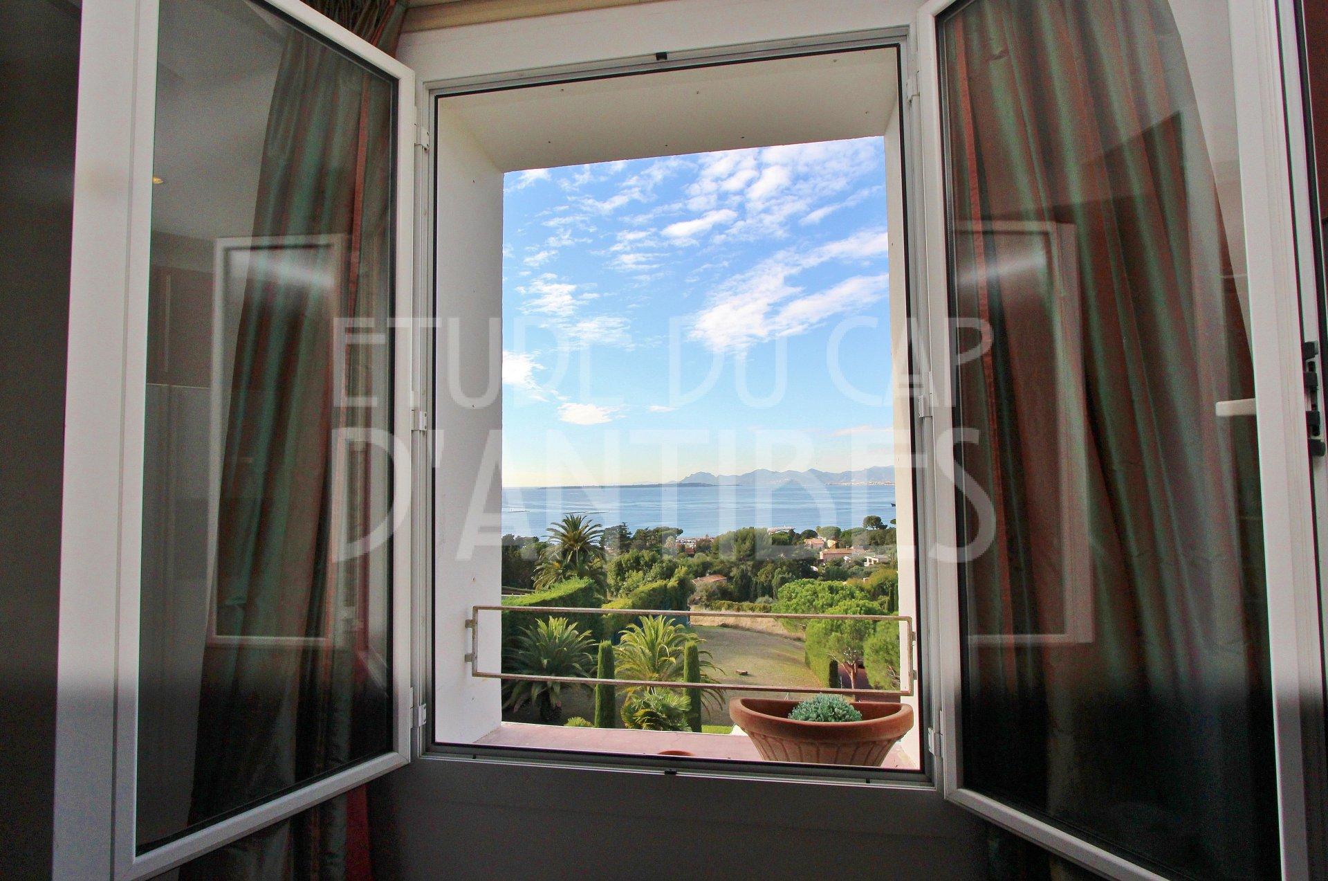 Cap d'Antibes - Panoramic sea views - Apartment to rent