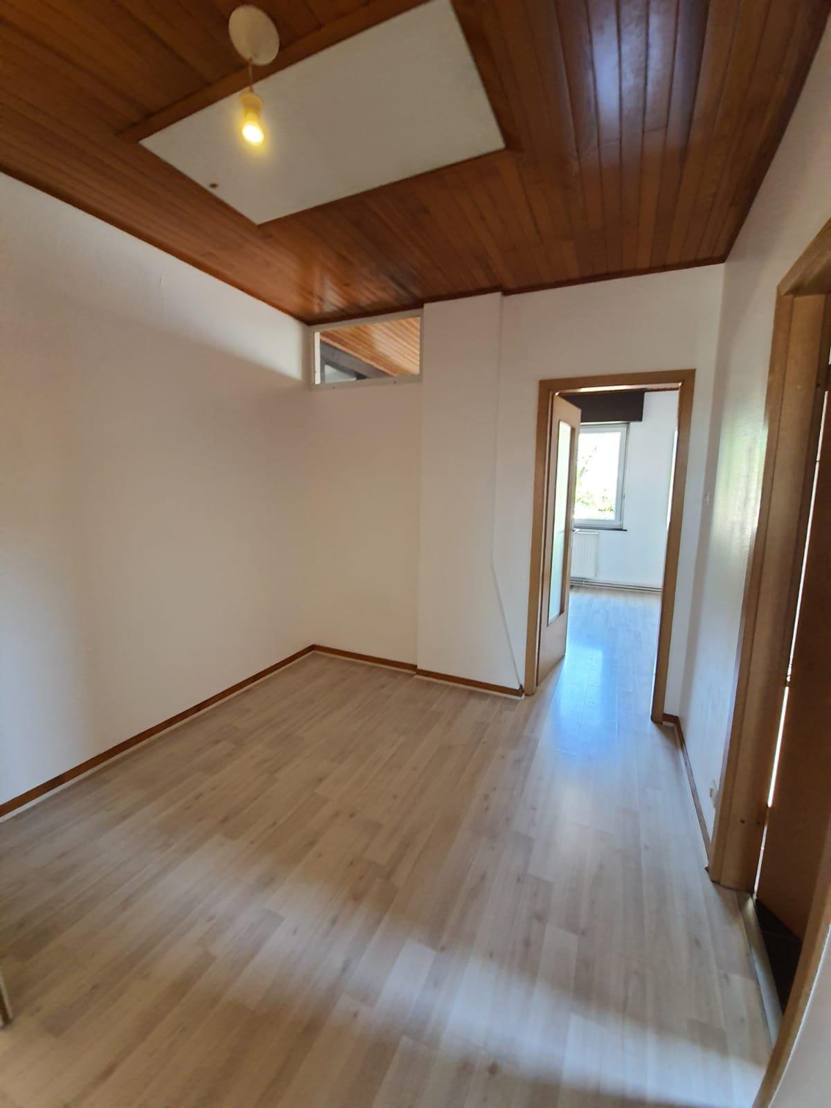 Bischheim : T2/3 Atypique avec garage !!