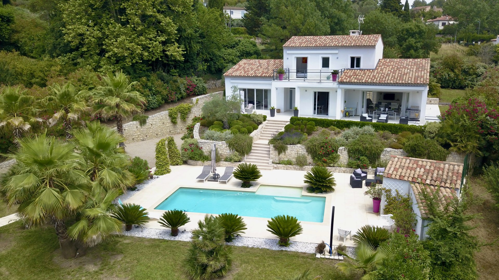 Sumptuous contemporary villa