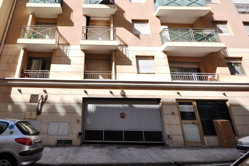 Nice Rue Alexis Mossa, parking en sous-sol