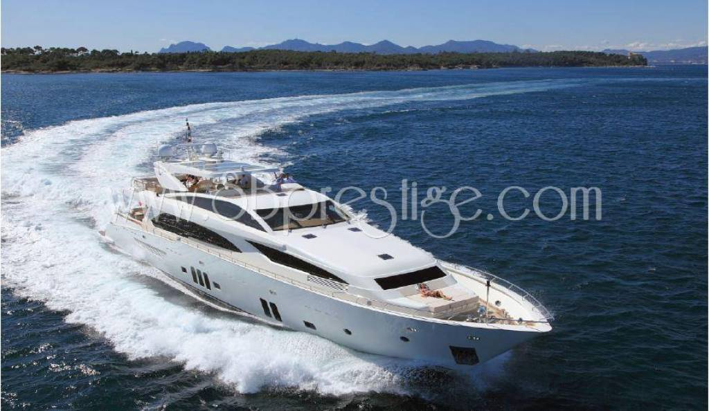 Rental Motor Yacht - Cannes
