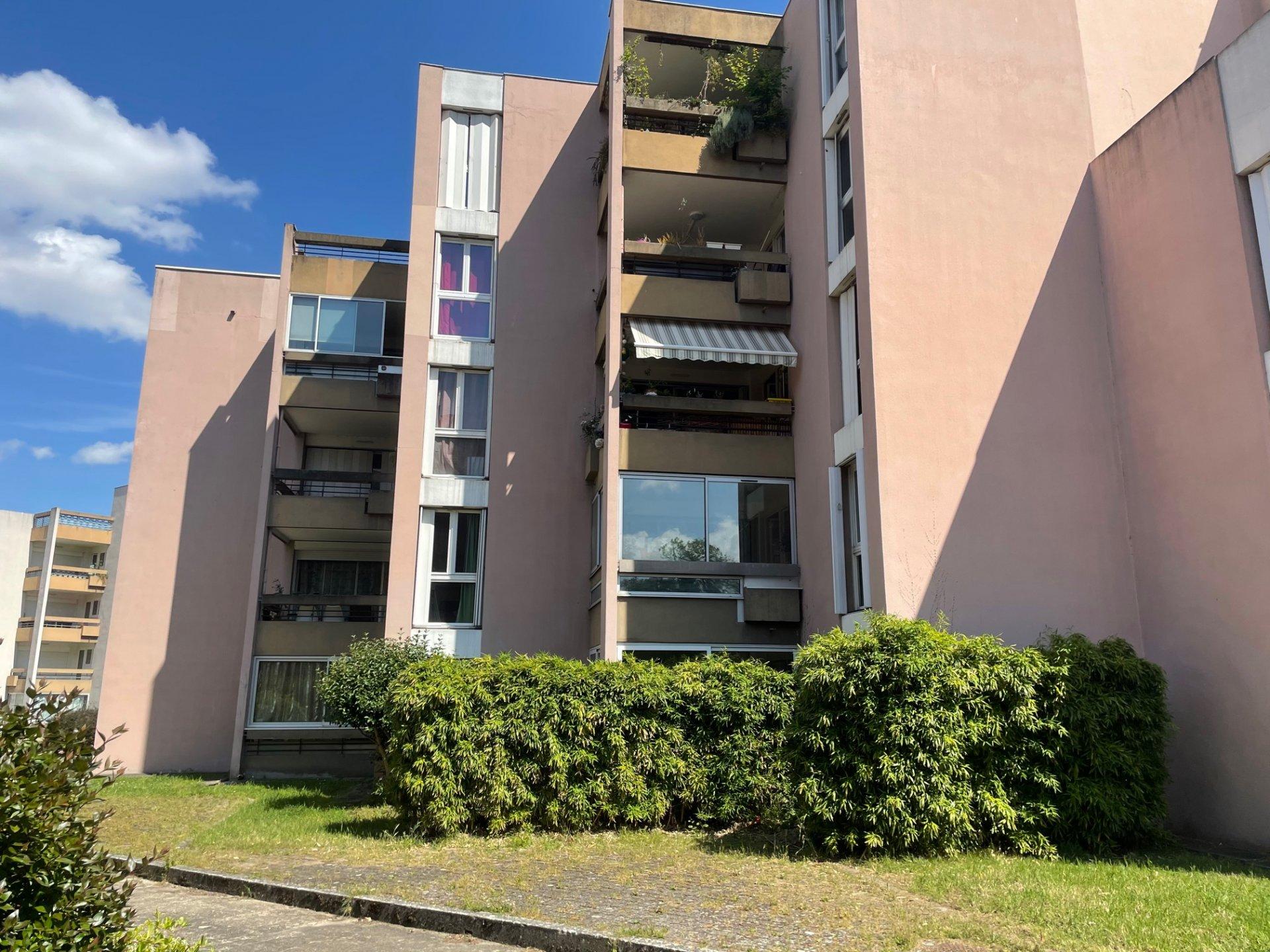 Sale Apartment - Toulouse Mirail - Université