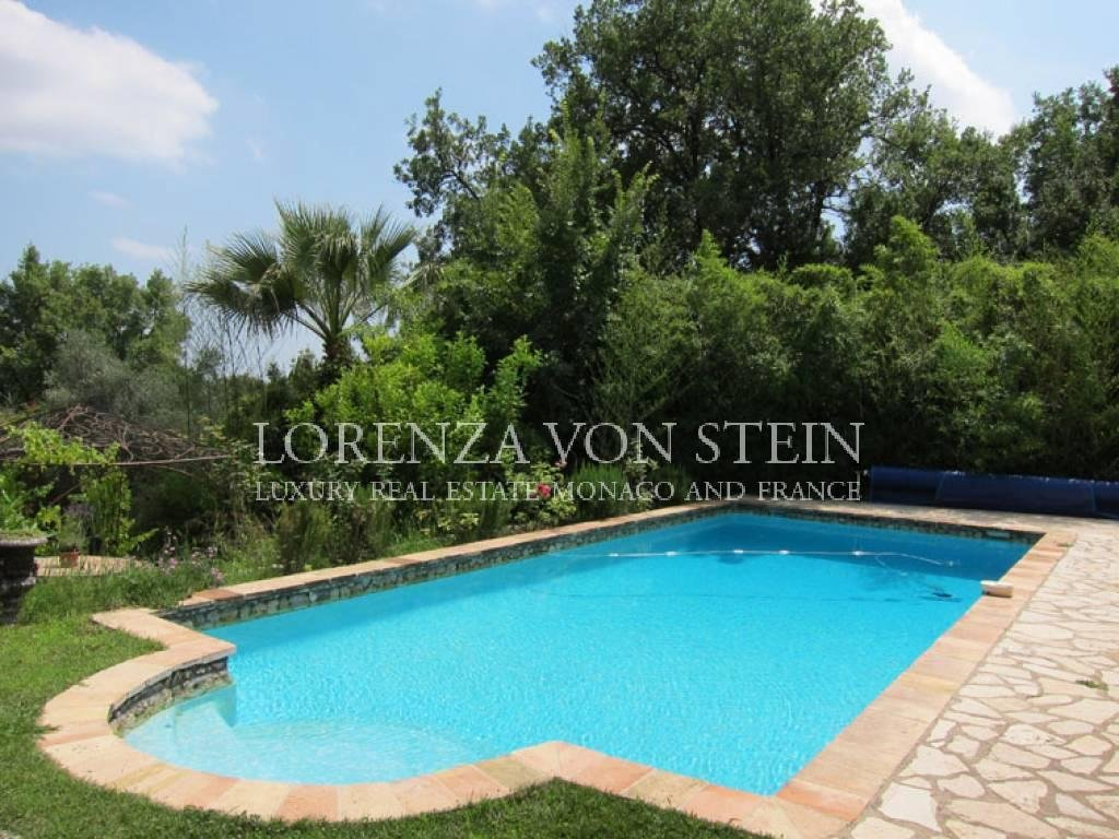Grasse - Provencal country house