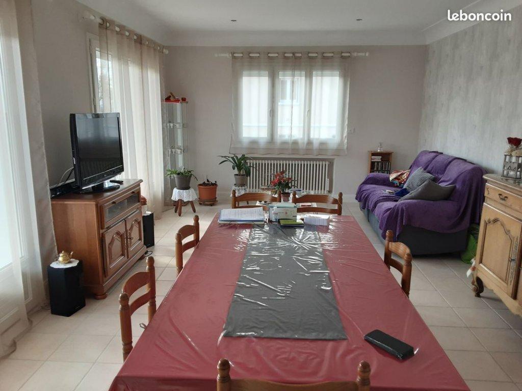 RUFFEC Maison 6 pièces - 148 m²