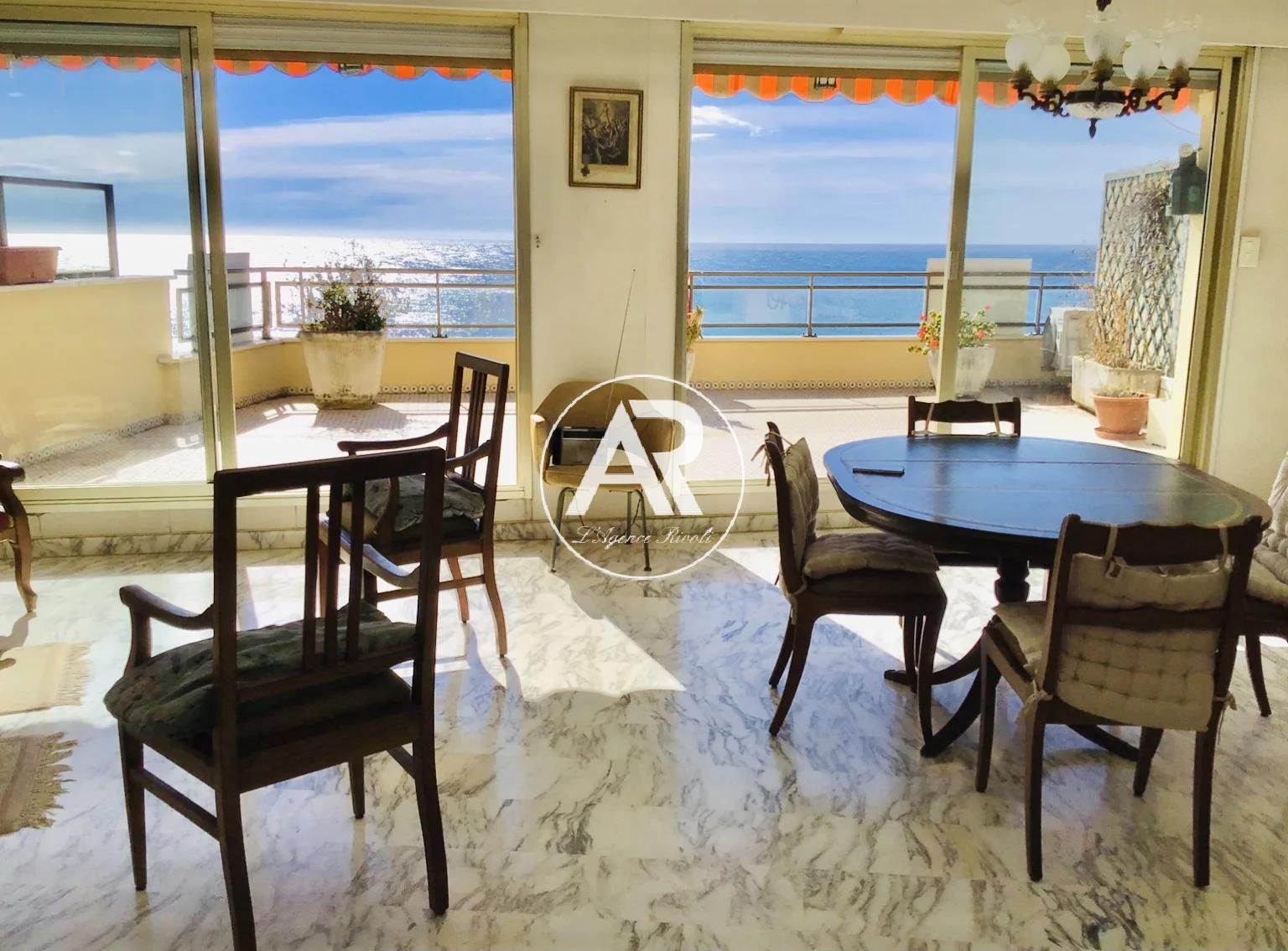 Top floor apartment with panoramic sea view.