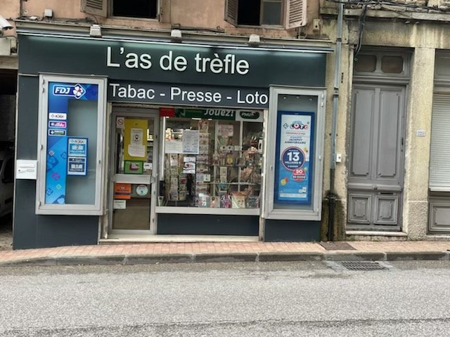 Local commercial 2 pieces 51 m²