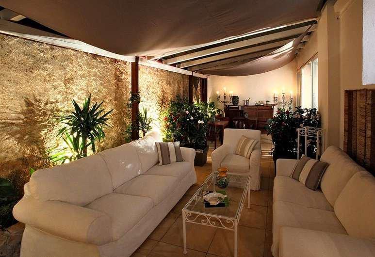 BAISSE DE PRIX ! FONDS DE COMMERCE 4* PROCHE CROISETTE - Hôtel Bureau