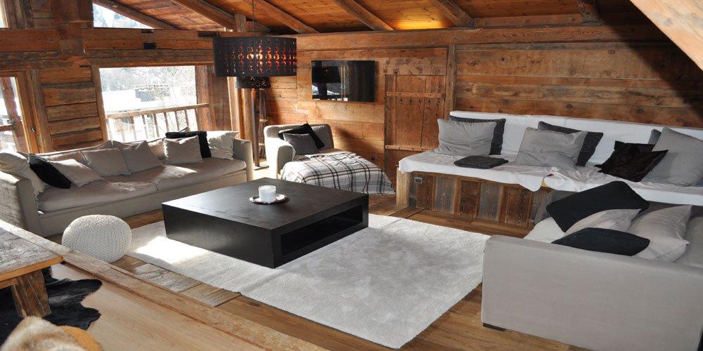VAL D'ARLY - Superbe ferme réhabilitée en deux appartements