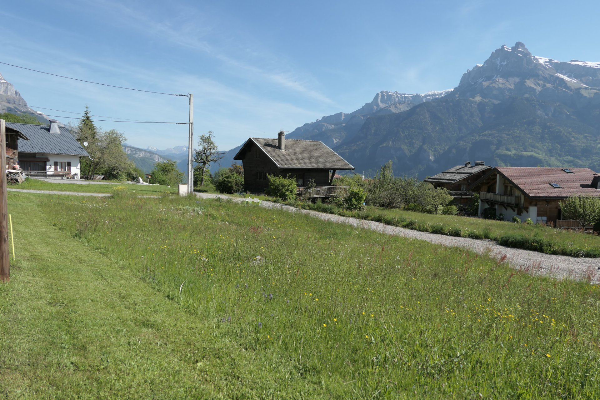 COMBLOUX - PLOT OF LAND TO BUILD OF 624m2