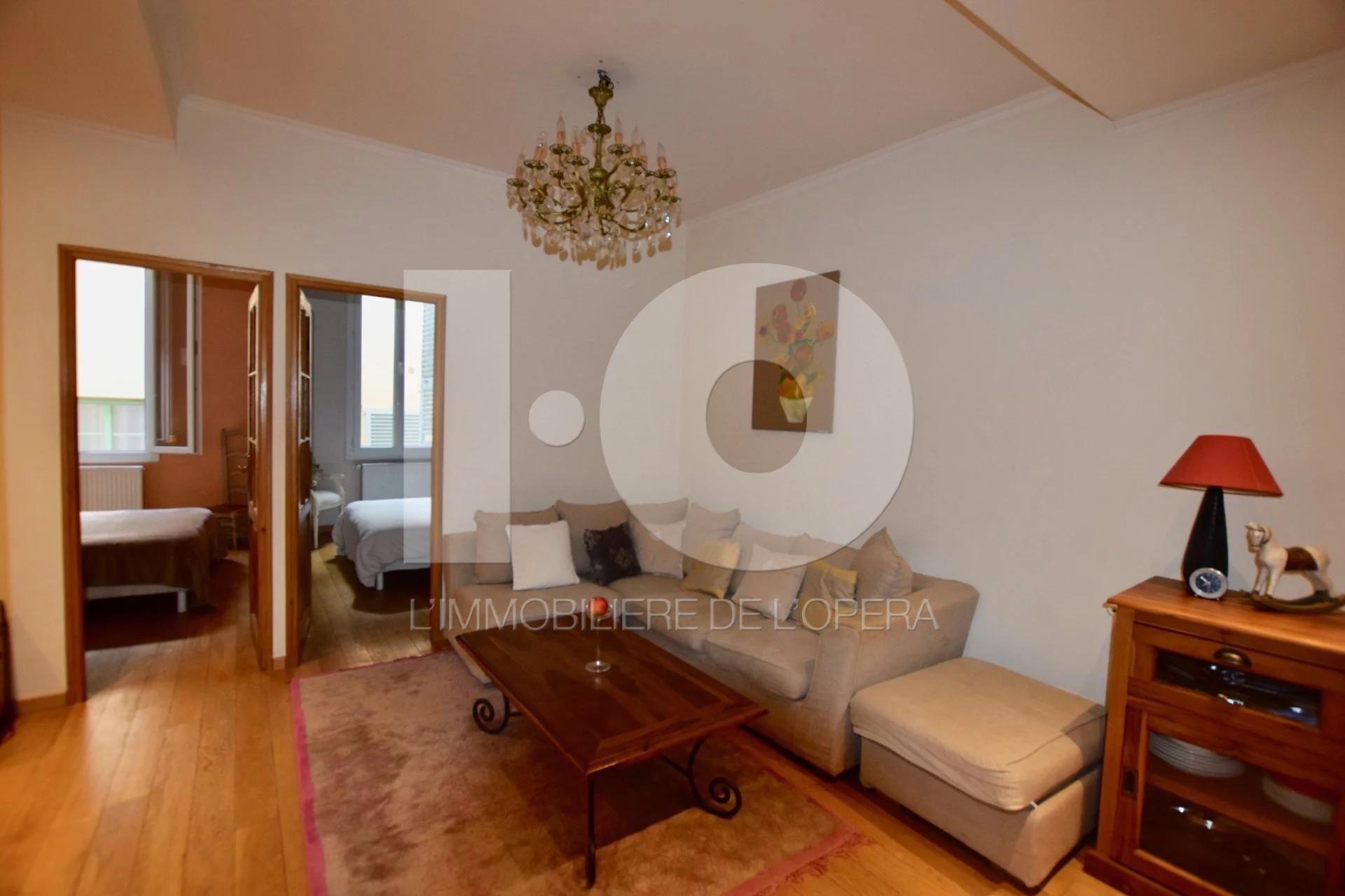 Nice- Vieux Nice - Appartement 3 Pièces de 48 m2