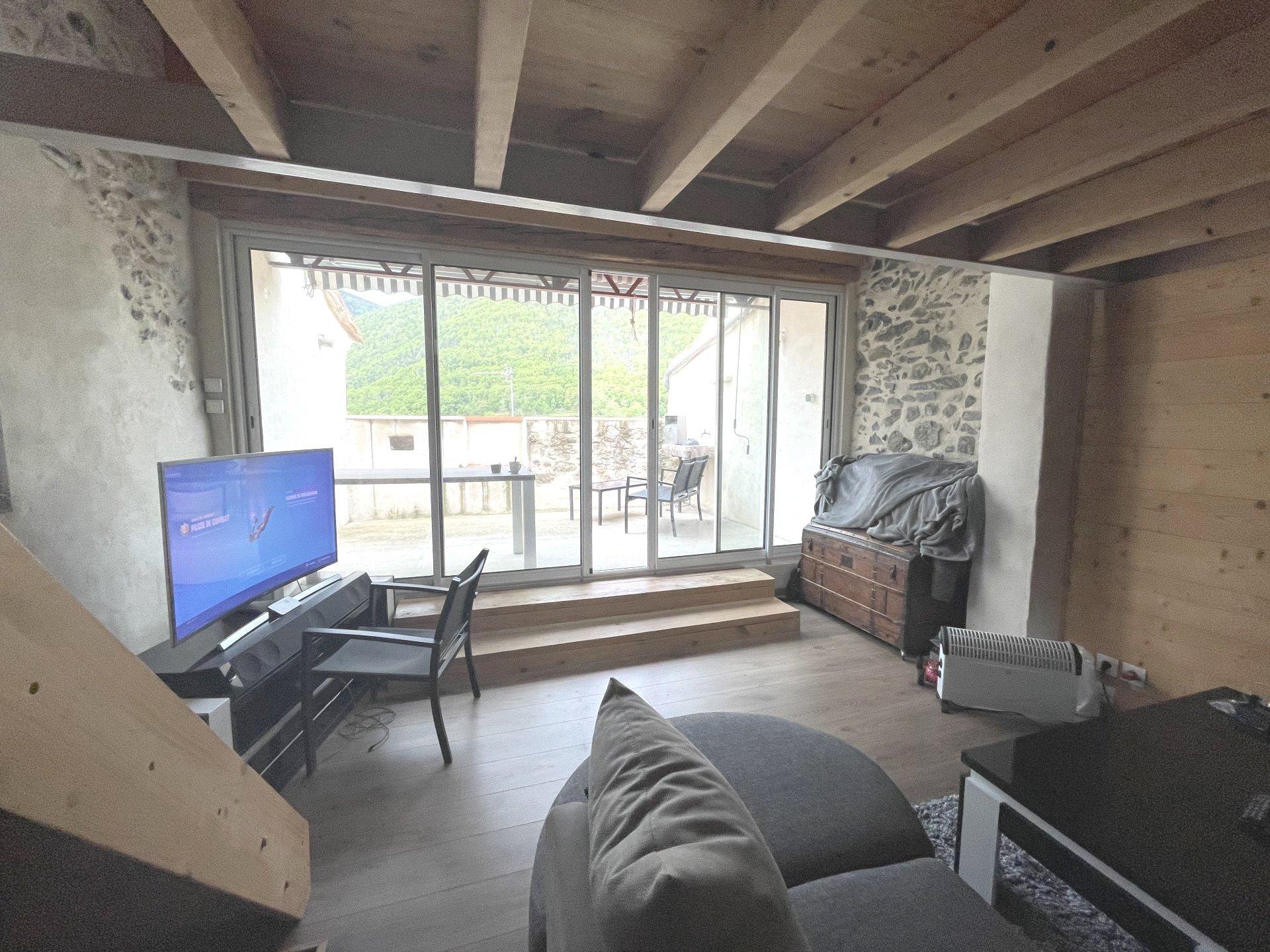 Mosset - maison de village-garage-terrasse