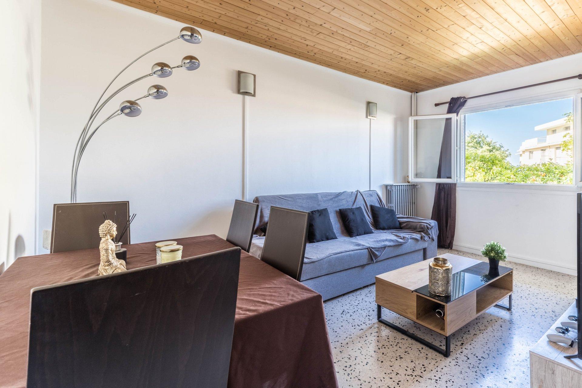 Nizza Caucade, appartamento di 2 stanze di 45 mq Nice Caucade, 2 room flat of 45 sqm
