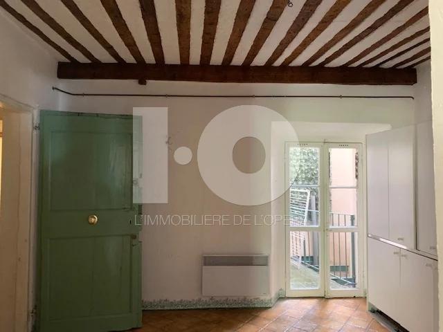 Villefranche Sur Mer -Vieille Ville - Appartement 2 Pièces - 47 m2