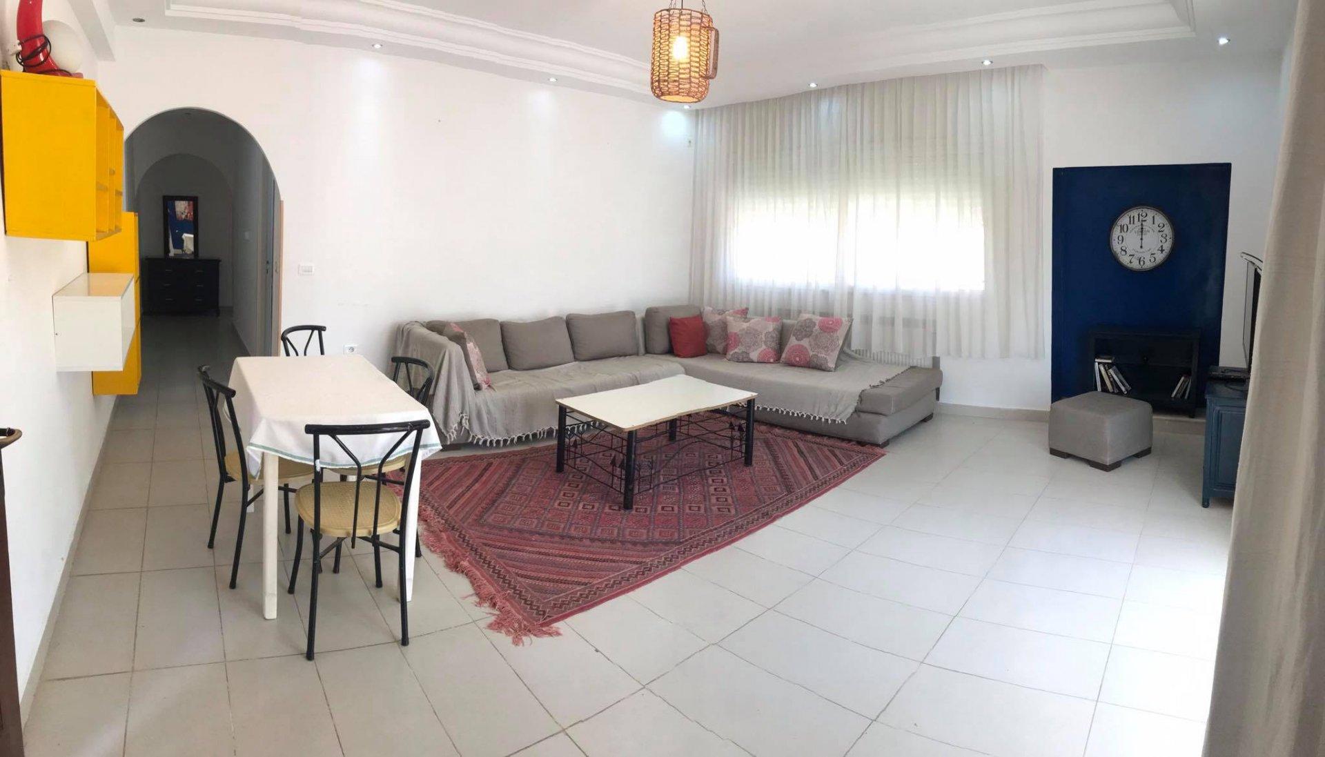 Location étage de Villa S+2 meublé Jardins de Carthage