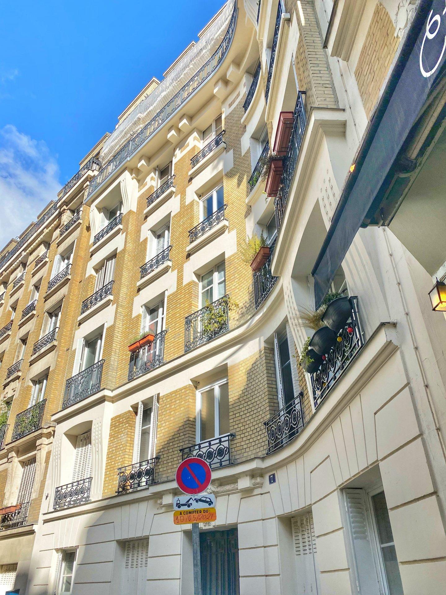 LOCATION 2P PARIS REFAIT A NEUF
