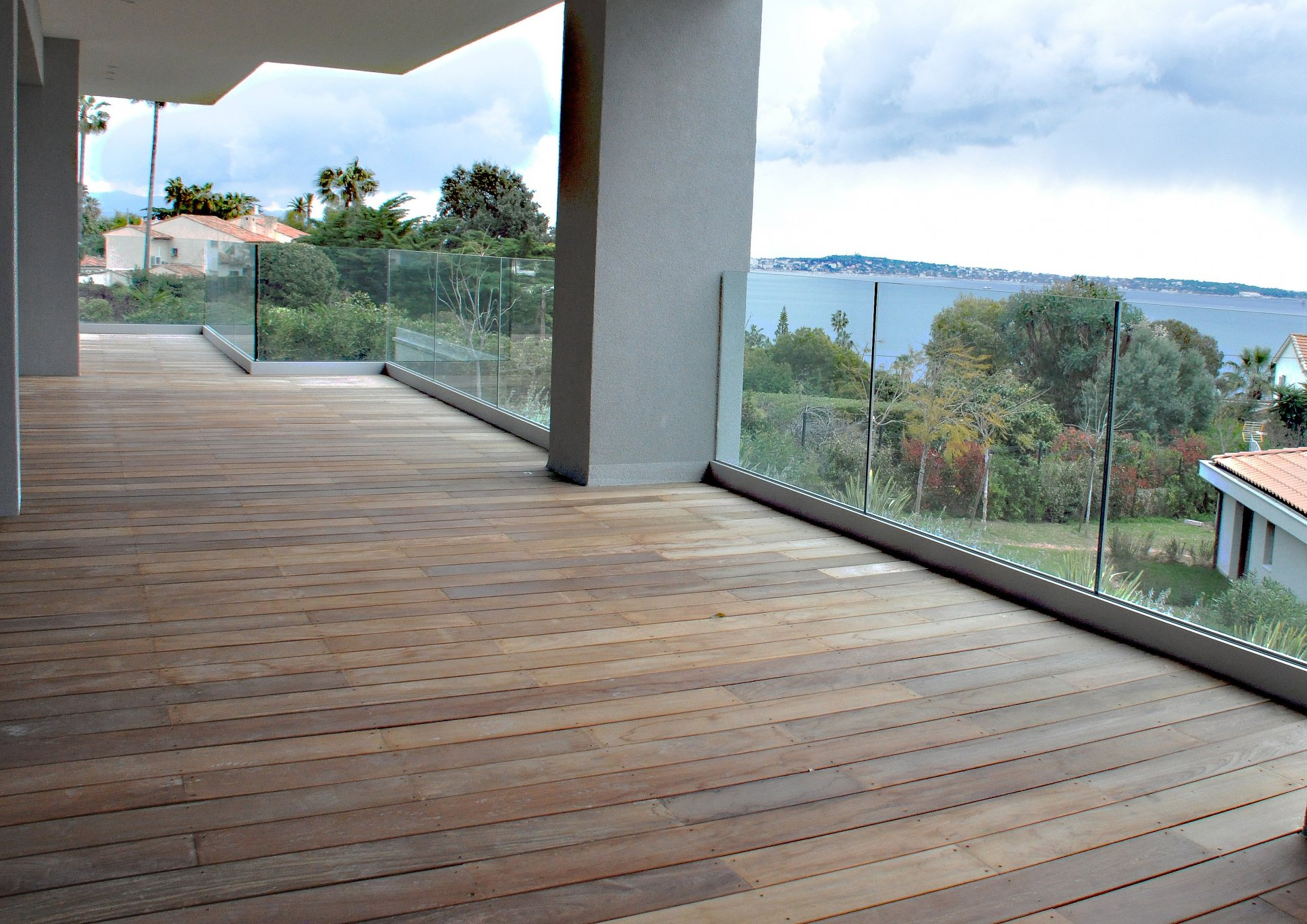 Cannes Californie, in a secure residence, sea view